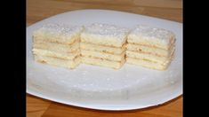 Sweet and a little sourish, creamy, tender and super delicious, this lemon layer cake (Snow White cake) is a very famous Romanian cake and one of my favorites! In Romania this cake is known as Snow… Cake Videos, Food Videos, Recipe Videos, Snow White Cake, Cake Recipes, Dessert Recipes, Lemon Layer Cakes, White Desserts, Cake Youtube