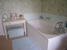 Laura Ashley eau du nil summer palace bathroom