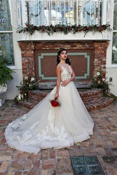 Beauty and the Beast Wedding at Orchid Garden in Downtown Orlando - Photo by Tabitha Photography - Wedding Planner: Bella Sposa Events - Bouquet by The Flower Studio - Wedding Gown by Lazaro from Calvet Couture Bridal - Orange Blossom Bride - www.orangeblossombride.com - click pin for more