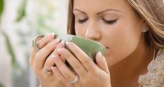 Los beneficios del té blanco son conocidos por muchos, conócelos y entérate por qué tomar esta bebida frecuentemente puede mejorar tu salud notablemente.