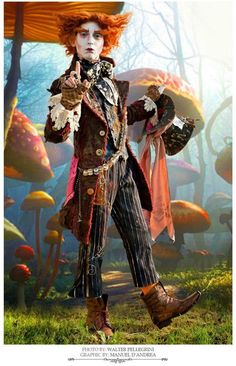 Mad Hatter- Alice in Wonderland Cosplayer : Manuel D'Andrea — with Manuel D'Andrea.