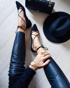 From guess - All black everything  (: @cristinasurdu) link in bio to shop #GUESSWatches #LoveGUESS