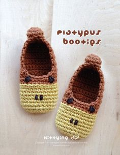 Platypus Baby Booties Crochet PATTERN by kittying.com from mulu.us | This pattern includes sizes for 0 - 12 months.