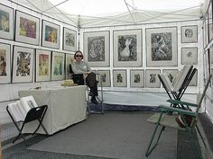 Art Festival Booths - good use of tent walls for hanging. Clean lines really catch the eye Craft Booth Displays, Display Ideas, Vendor Displays, Museum Displays, Retail Displays, Shop Displays, Jewelry Displays, Display Stands, Merchandising Displays