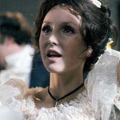 Starostecka Elżbieta, aktorka Oscar Films, Polish Films, Hoop Earrings, 1975, Remote, Movie, Fashion, Moda, Fashion Styles