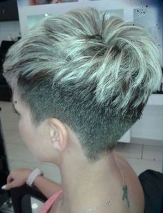 visit for more Weekly hair collection! The post Weekly hair collection! appeared first on kurzhaarfrisuren. Latest Short Hairstyles, Cool Hairstyles, Hairstyles 2016, Hairstyle Short, Medium Hairstyles, Cropped Hairstyles, Haircut Short, Popular Hairstyles, Indian Hairstyles