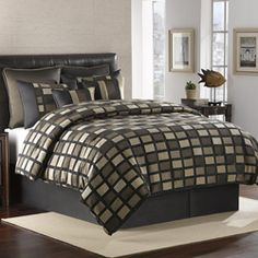 @Overstock - The chic square pattern and textured chenille construction make this comforter set a luxurious addition to any bedroom. This bedding set is design to add a modern look to any decor. http://www.overstock.com/Bedding-Bath/Chenille-Squares-Queen-size-8-piece-Comforter-Set/5665316/product.html?CID=214117 $133.14