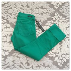 "NWT, Citizens of Humanity, Green Crop/Ankle Pants! NWT,Citizens of Humanity, Dani Straight Leg w/Rolled Cuff Green Capris/Ankle Pants.   Size: 24  Waist laid flat side to side: 14""  Hips laid flat side to side: 16.5""  Inseam: 24.5""  Rise: 8""  Color: WHEAT GRASS  Condition: NEW WITH TAGS  NWT Citizens of Humanity Dani Straight Leg w/Rolled Cuff Green Capris 24 ($179) Citizens of Humanity Pants Ankle & Cropped"