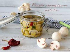 Funghi champignon sott'olio croccantissimi e gustosi Garlic, Stuffed Mushrooms, Appetizers, Zucchini, Vegetables, Breakfast, Olives, Bed, Contouring
