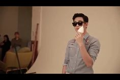 Ksh with sunglass and ice cream
