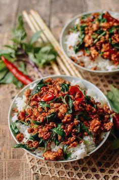 Thai Basil Chicken, Thai Basil Ground Chicken Recipe, Wok Of Life, Ground Meat Recipes, Restaurant Recipes, Seafood Recipes, Asian Recipes, Thai Basil Recipes, Chicken