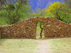 Ruinas incas en el Shinkal de Quimivil, Catamarca, Argentina en el pueblo de Londres sobre la Ruta 40