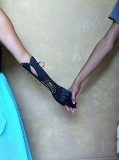 Gorgeous 3D printed Prosthetic Born of Boredom - I wish this technology was around when I was attending University. :)