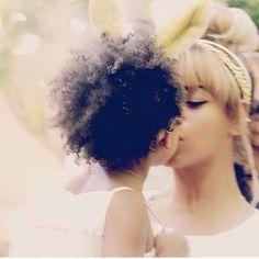 Beyoncé and Blue #easterbunny #bluekisses