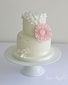 Love the white with only one pink flower