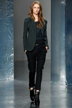 Theyskens' Theory Spring 2012 Ready-to-Wear Collection Photos - Vogue