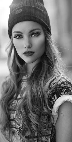 Black and white photography eyes portraits 36 Super ideas Photography Women, Beauty Photography, Portrait Photography, Black And White Portraits, Black And White Photography, Girl Face, Woman Face, Mujeres Tattoo, Model Face