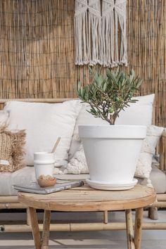 Boho Garden Ideas, Love Garden, Garden Inspiration, Home And Garden, Scandi Garden, Outside Room, Boho Lounge, Rooftop Garden, Indoor Outdoor Living