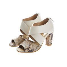 88c1ae3bb385d 33 Best shoe the bride images   Bride shoes flats, Beautiful shoes ...