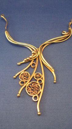 Ben Isaiah's 100% wearable sculpture jewelry