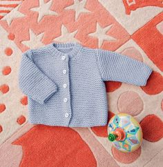 Pretty heart sweater for babyBaby sweater and Hat /striking colour Vintage Knitting, Baby Knitting, Leather Apron, Knitted Baby Clothes, Baby Couture, Heart Sweater, Baby Vest, Baby Sweaters, Point Mousse