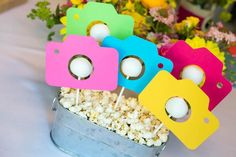 New birthday photography teens party ideas ideas Birthday Party Tables, Birthday Party For Teens, Birthday Gift For Him, Teen Birthday, Birthday Party Decorations, Card Birthday, Birthday Quotes, Birthday Ideas, Instagram Birthday Party