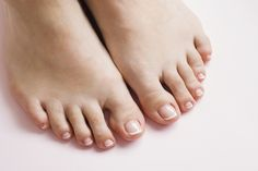 Pink Pedicure, French Pedicure, Manicure Tools, Manicure And Pedicure, Spa Treatments, Nagel Blog, Humid Weather, Finger, Hair