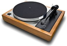 """As a wise (pretend) man once said, """"If it's not Scottish, it's crap!""""  He might have been talking about the Linn LP-12."""