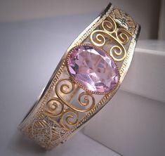 Antique Filigree Bangle Bracelet Art Deco by AawsombleiJewelry