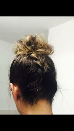 Folge mir auf Facebook Hairstyling Amandita Facebook, Styling Tips, Braided Hairstyle, Hairstyle Ideas, Braid, Nice Asses