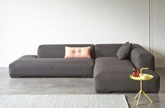 Hoeksalon Robin Colorful Furniture, Find Furniture, Home Furniture, Furniture Design, Living Room Sofa Design, Living Room Seating, Living Room Decor, Sofa Texture, Minimalist Sofa