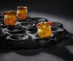 Pan soufle con puntillitas y panceta Iberica.