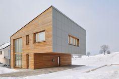 Simple modernism Single-family house in Groharjevo / 3biro