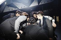 EXO in OSAKA. EXO fighting!