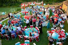 I mean, red and turquoise weddings are so colorful and fun!