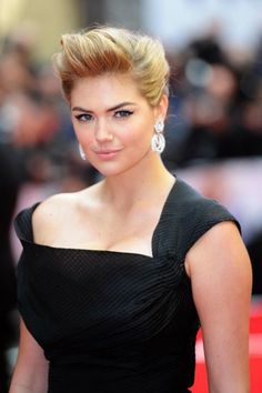 Gorgeous kate upton at the Other Woman UK Premiere