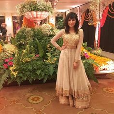 Cute Shirley Setia HD Wallpapers & HD Images – AboutFeed – Latest Trending News and Viral Videos Shirley Setia, Rihanna Photos, Indian Costumes, Indian Look, Stylish Girl Pic, Festival Looks, Bikini Photos, Celebs, Celebrities