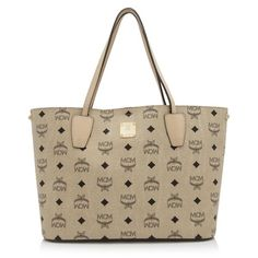 19fb236ada87fa Pre-owned MCM Visetos Tote ($760) ❤ liked on Polyvore featuring bags,  handbags, tote bags, dog tote bags, leather handbags, leather purses,  vintage leather ...
