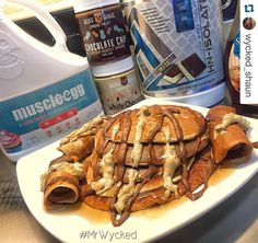 """Crêpes & Cakes! thanks to  @wycked_shaun  Check out some other recipes with @muscleegg over on his IG page  """"White Chocolate Chip Ice Cream Sandwich""""  #pancakes #proteinpancakes #IIFYM #FlexibleDieting #food #breakfast #muscleegg  #hungry #prep"""