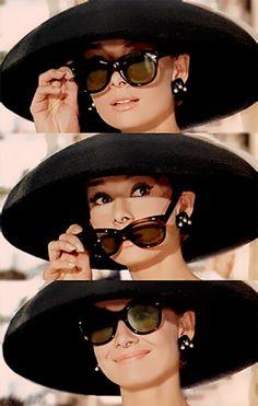 オードリー・ヘプバーン どこから見ても美しく の画像|Time Tested Beauty Tips * Audrey Hepburn Forever *