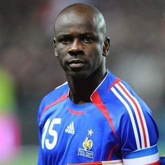 Another Legend: Lilian Thuran (French) Best Football Players, Good Soccer Players, Sport Football, Lilian Thuram, World Cup, Famous People, Champion, Racing, Baseball Cards