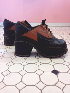 f21de3fb456 Fun Psychedelic Platform Shoes Vintage 1960s 70s Punk Disco