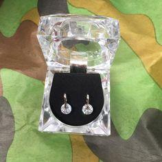Lovely Cut Jewel pierced earrings super sparkle Diamond Cut Jewel piered earrings in lovely Diamond cut jewelbox purchase these on a cruise ship for $20 brand new never worn Jewel Earrings  Jewelry Earrings