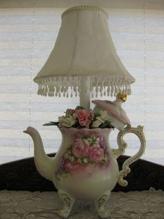 Want to know more about shabby chic homes Tea Cup Lamp, Teapot Lamp, Shabby Chic Cottage, Shabby Chic Decor, Lace Lamp, Teacup Crafts, Teapots And Cups, Teacups, Shabby Vintage