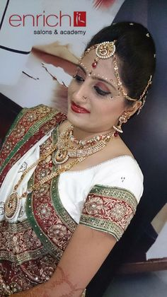 Miss. Vidhi Dave's #bridal #makeup done by beauty Therapist Richa from Enrich Salon & Academy.