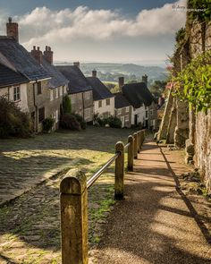 """ Gold Hill, Shaftesbury, Dorset, England by jerry_lake """