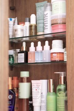 Welcome to my skincare storage (aka where all the magic happens). I'm fortunate to have a built-in medicine cabinet in my bathroom where I can store all my skincare bits and bobs (as well as a few haircare bits). I know to some this may be an insane amount of products for one face (I totally