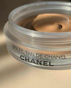 ᴀʟʟ ᴄʀᴇᴅɪᴛꜱ ᴛᴏ ᴛʜᴇ ᴏᴡɴᴇʀ 🦋 Skin Makeup, Beauty Makeup, Glow Makeup, Chanel Makeup, Perfume, Aesthetic Makeup, Makeup Goals, Baguette, Aesthetic Pictures