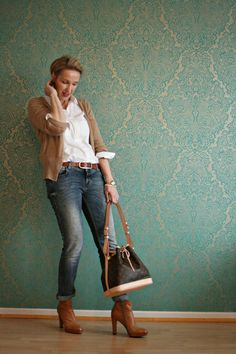 Women over 40 Outfits – 20 Dressing Styles for 40 Plus Women
