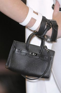 Hermès at Paris Fashion Week Spring 2011 - A MINI Birkin!  Portefeuille,  Maroquinerie a9eab3bacb1